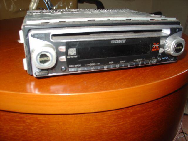 JUAL CD MOBIL SONY EXPLOD 50WX4,HANYA BISA CD,MP3,RADIO,aux