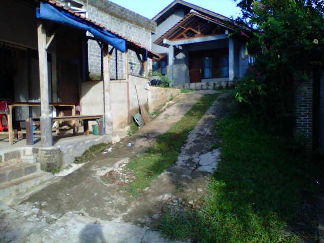 Jual rumah 150m2 luas tanah 430m2 di sawangan depok siap huni.