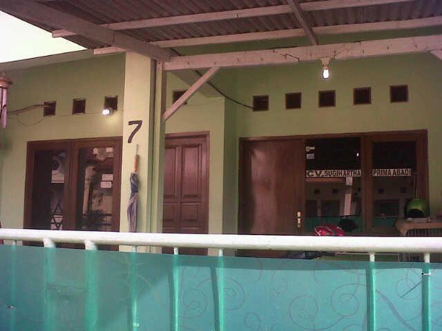 Rumah Dijual di Taman Cimanggu Bogor LB/LT 150/200m + Tanah 200m