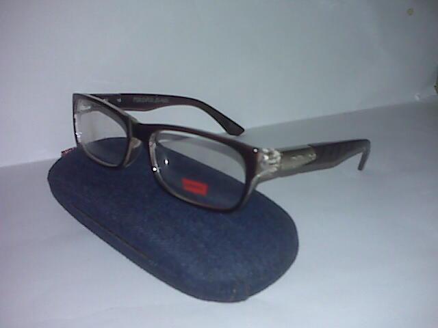 Terjual Frame kacamata KW SUPER kacamata merk LEVIS 44d21b8773