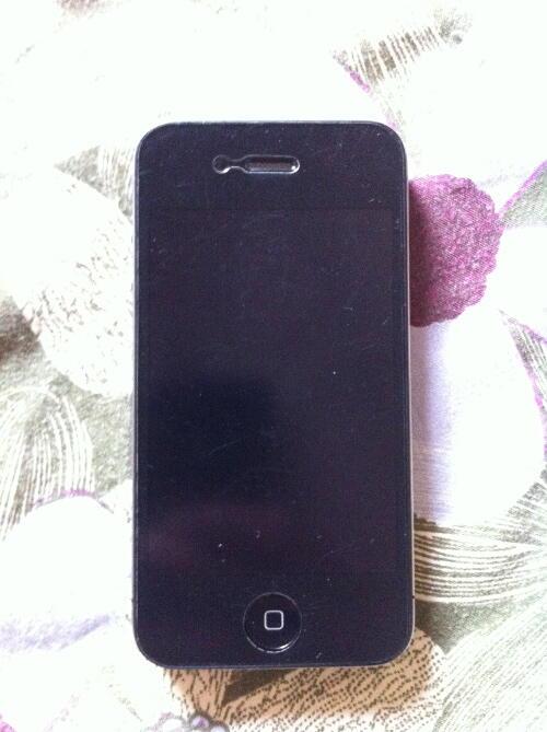 Jual iPhone 4 black 16gb second mulus
