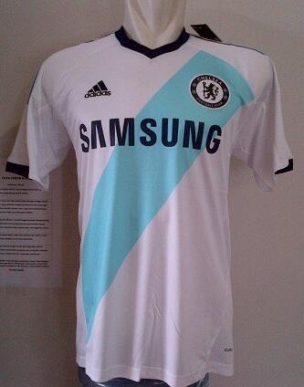 Jersey Grade ORI Chelsea away 2012/2013 size S & M harga Rp.105.000 (Habisin Stock)