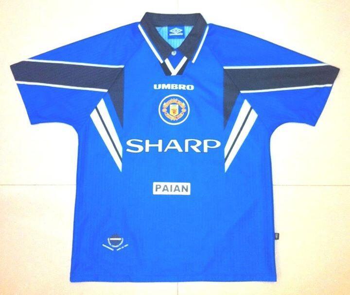 [WTS] Jersey Manchester United 3'rd 1996/1997 #7 CANTONA (Original)