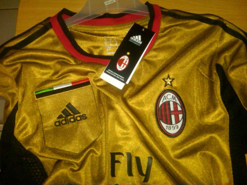 WTS Jersey Milan 3rd Gold Murah