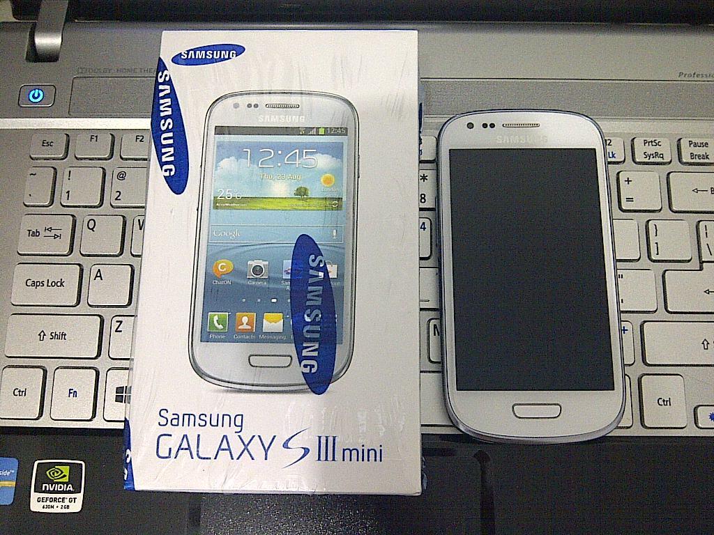 (Jual) Samsung Galaxy S3 Mini I8190 Marble White Semarang Baru pakai 2 bulan