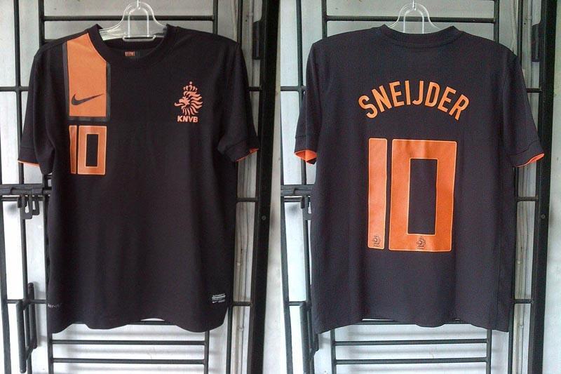 CUCI GUDANG (lagi) jersey HOLLAND away SNEIJDER, ENGLAND AWAY EURO2012 size S