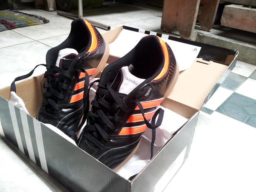 LELANG DAHSYAT!! Sepatu Futsal Adidas 11nova IN -OrangeBlack