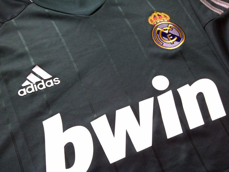 Real Madrid away 3rd musim 12/13