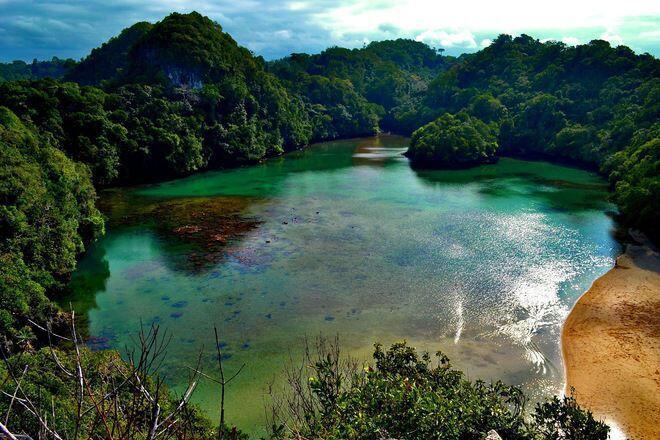 Foto-Foto Menakjubkan Wisata Pantai Paling Eksotis di Indonesia