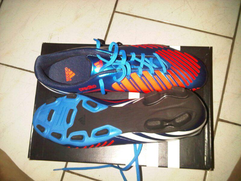 Sell Sepatu Bola Adidas Predito Lethal Zones ( Biru Merah )