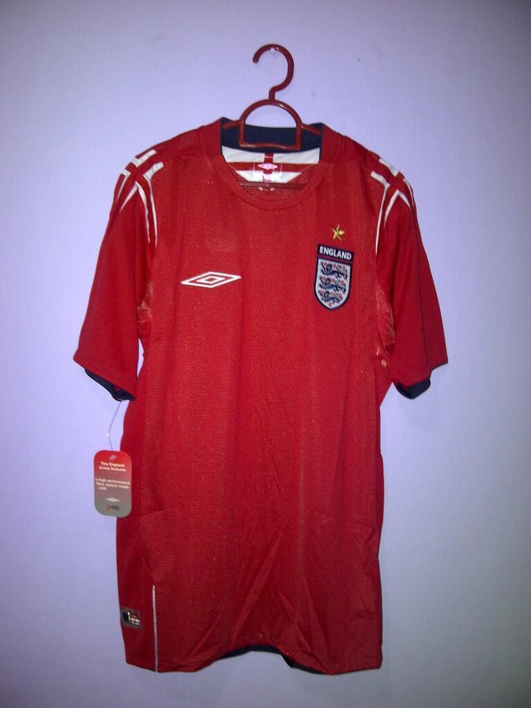 LELANG Jersey Vintage Original BNWT *** England - Liverpool - Chelsea