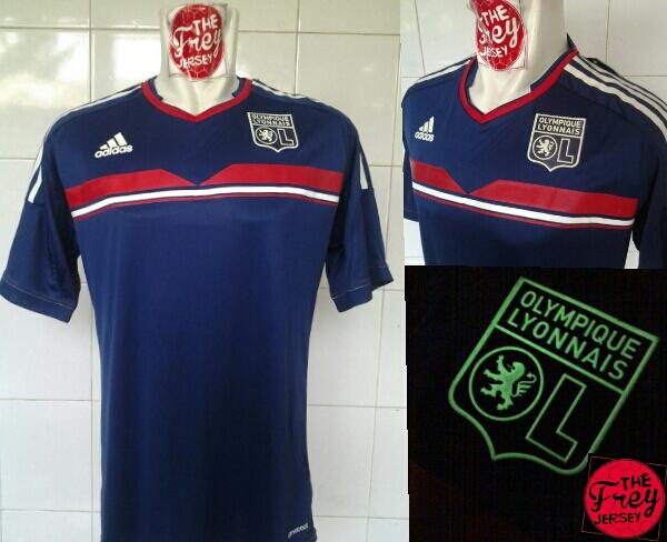 limited stock olympique lyonnais LYON 3rd GLOW IN THE DARK , GRADE ORI