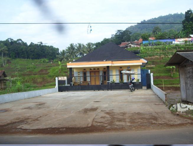 Rumah Luas Dijual Sumedang