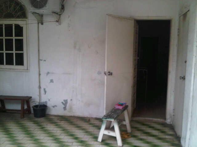 Dijual Cepat Rumah di Daerah Jakarta Pusat .. Murah !! Tarrik Gan