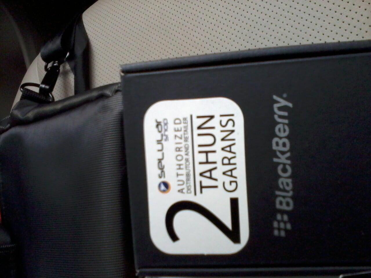 blackberry torch 2 /9810 garansi selular shop full set