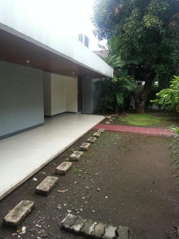 Rumah second bagus dan strategis di Jl Pemuda, Jakarta