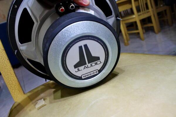 "macam macam Part Audio second : Sub woofer JL audio W3 12"", Speaker , 2 Capasitorbank"