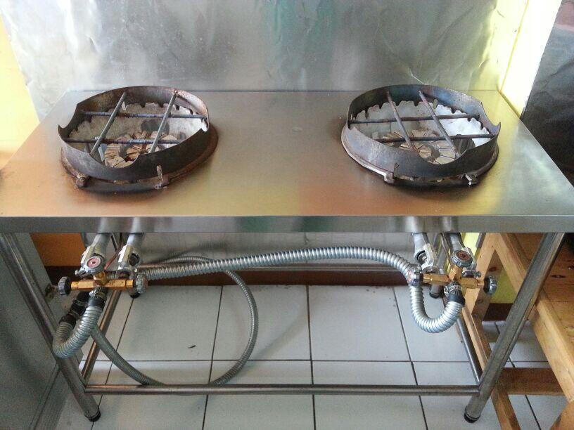 Terjual jual kompor meja makan set kulkas apar dll ex for Jual kitchen set bekas