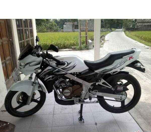 Terjual Dijual Cepat Kawasaki Ninja R 150cc Super Kips Baru 5 Bulan