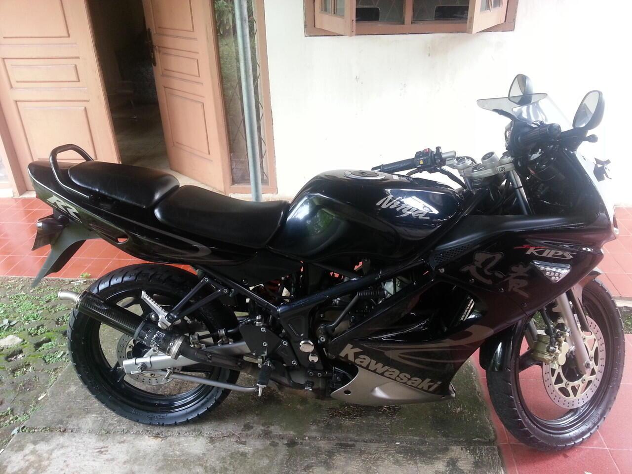 Jual cepat Kawasaki Ninja 150 rr warna hitam tahun 2011. Cari Jual cepat Kawasaki Ninja 150 rr warna hitam tahun 2011   KASKUS