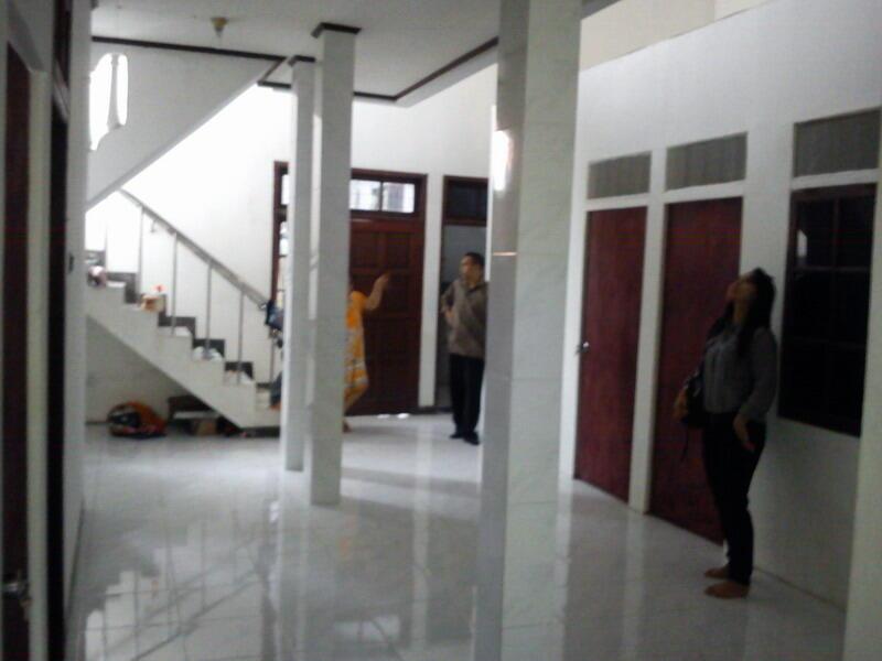JUAL Rumah KOST 16 kamar full terisi Baru Renof di Depok Rp.1,6 Milyar