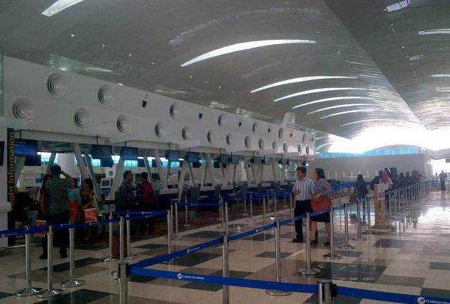"Mengenal ""Kualanamu Airport"". Bandara Modern, Megah & Terbesar kedua di Indonesia!"