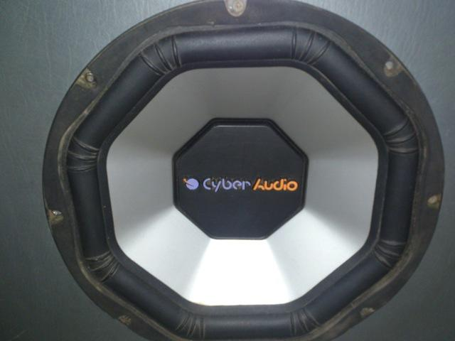 Power 4 Channel Bluestrom + Sub 12' Cyber Audio Double Coil