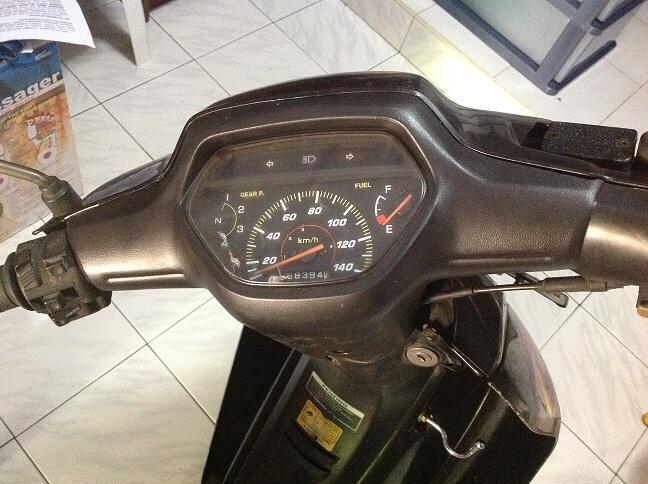 Dijual Honda Supra X 2001/2002 Hitam