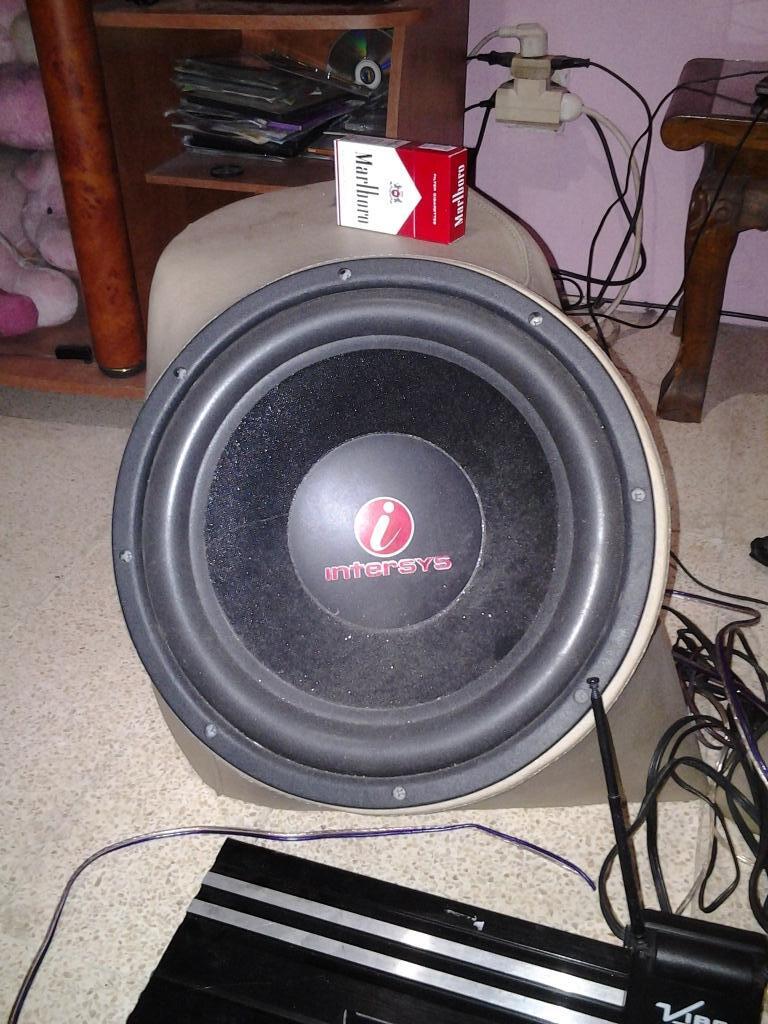 Audio Mobil / Sound System Mobil (Jember)