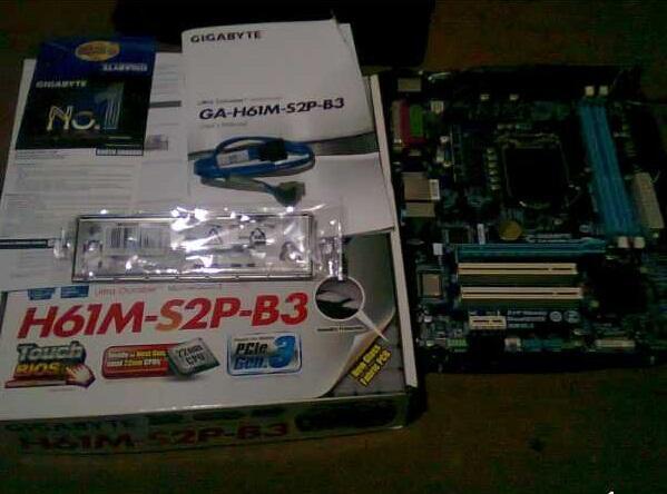 MOBO LGA 1155 GIGABYTE H61M-S2P-B3 LIKE NEW
