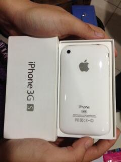 Dijual (2nd) Iphone 3G S ; Blackberry Onyx 2 ; Nokia E75 Muraahhh