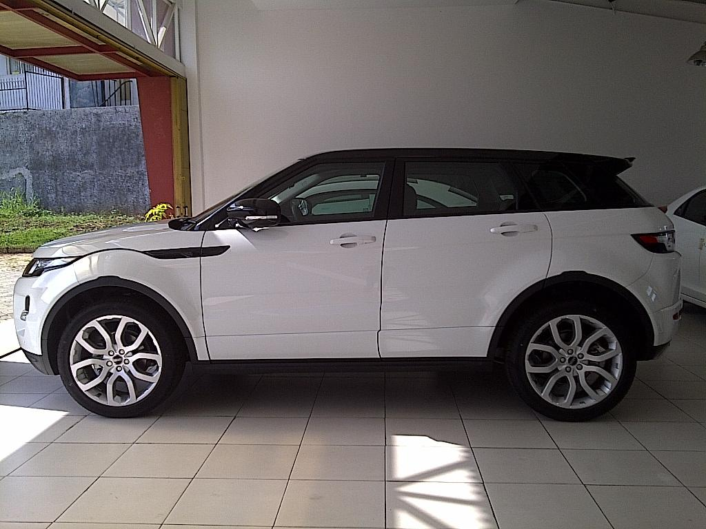 Range rover evoque 2.o dynamic lux turbo (automart serpong)