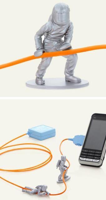 Agan pusing gimana caranya atur kabel colokan supaya rapi? Pake ini gan :) [+Pict]