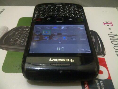 Blackberry 9780 Onyx 2 Hitam, X Garansi WII, Fisik 85%, Normal, Segel Utuh