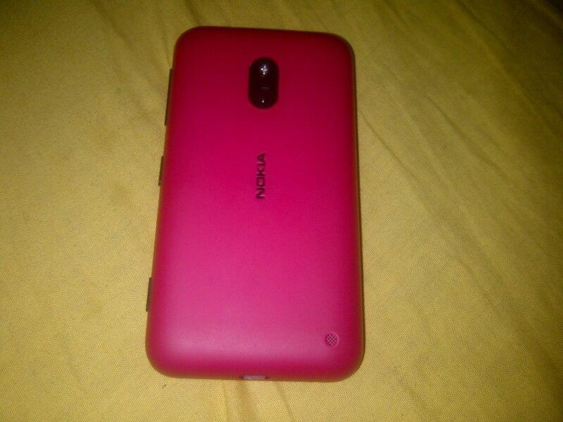 WTS Nokia Lumia 620 WP 8 Warna Pink Fullset..Solo
