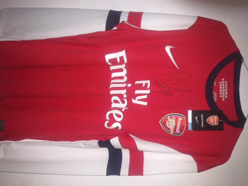 Original Jersey Arsenal Home 2012-2014 with Santi Cazorla Sign