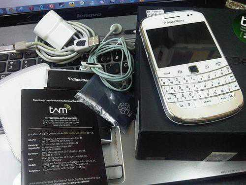 jual BlackBerry Dakota Bold Touch 9900