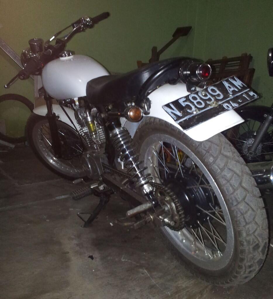 Membangun CB100 125 Model JapStyle Or Cafe Racer Page 3 KASKUS