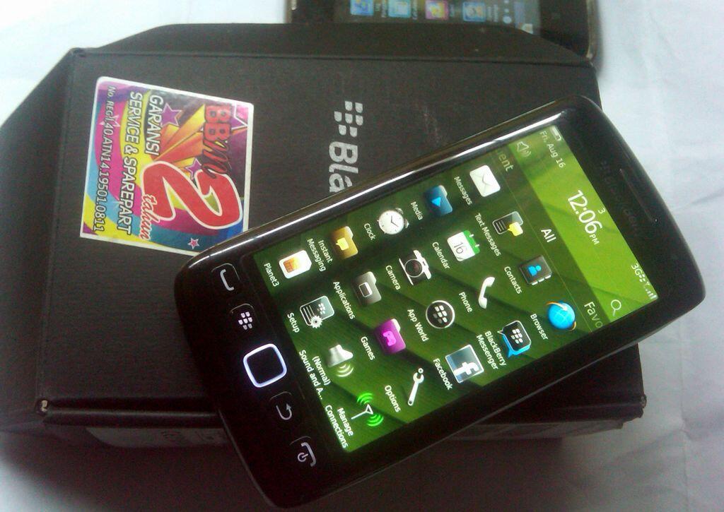 Blackberry 9860 Monza Torch 3 Lengkap Bandung Murah