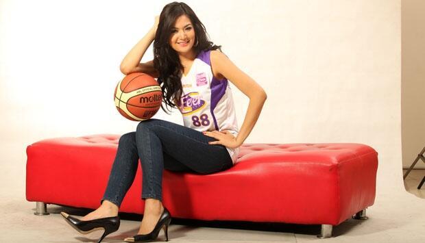 Say Goodbye To Jersey Bola! Jersey Basket Kini Jadi Tren Selebriti [BB INSIDE]