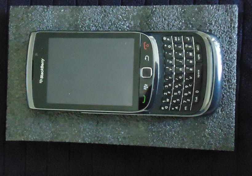 WTS >> HP Blackberry Torch 1 9800 (Fullset)
