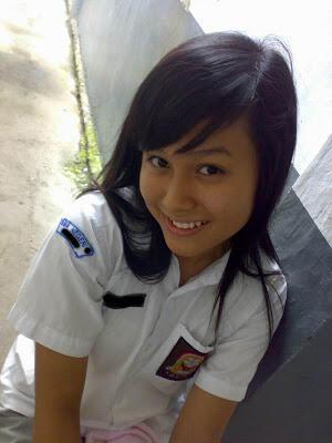 POSE FOTO PALING UMUM DI INDONESIA