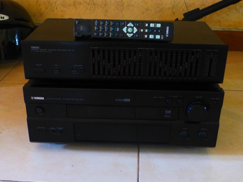 YAMAHA AV RECEIVER RX V800 & YAMAHA NATURAL SOUND GRAPHIC EQUALIZER EQ-70