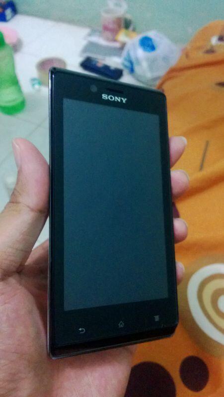 <WTS> Sony Xperia J White FullSet Garansi Panjang