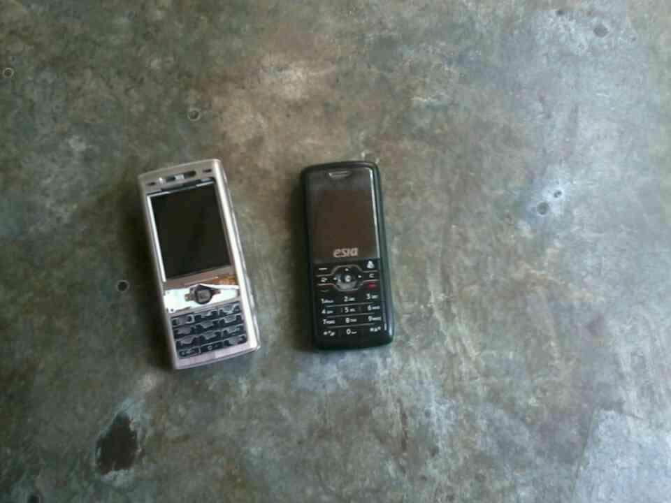 Jual HP SONY ERICSON K800i dan Esia Hidayah