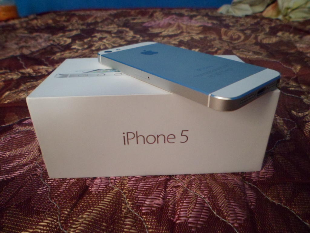 WTS IPHONE 5 16GB WHITE JOGJA JOGJAKARTA (REPOST)