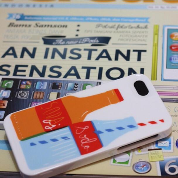 [IREEV] KATESPADE case untuk iphone 4 dan iphone kamu gan yang kece abis