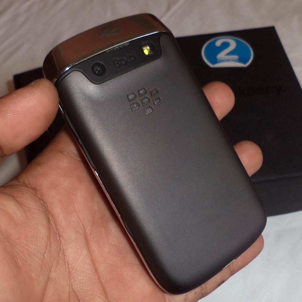 BlackBerry 9790 a.k.a Bellagio grs ctn 20bln (jogja)