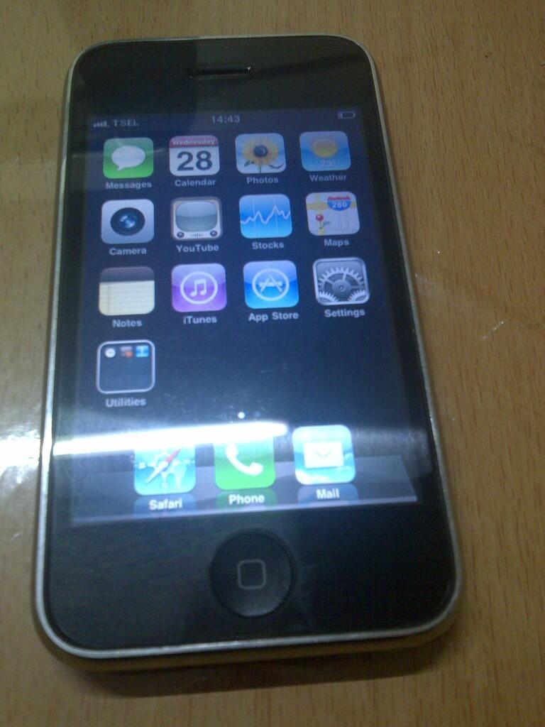 Dijual : iPhone 3 Batangan murmer