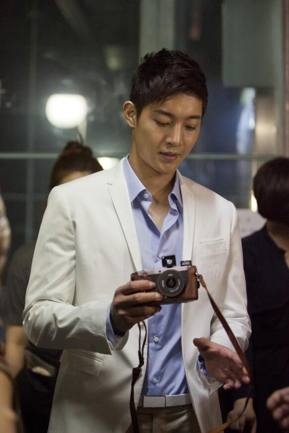 Iphone 4/4s case model lumica camera